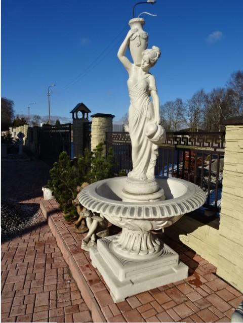 Fontanai ir kriokliai, lauko skulptūros, tvoros