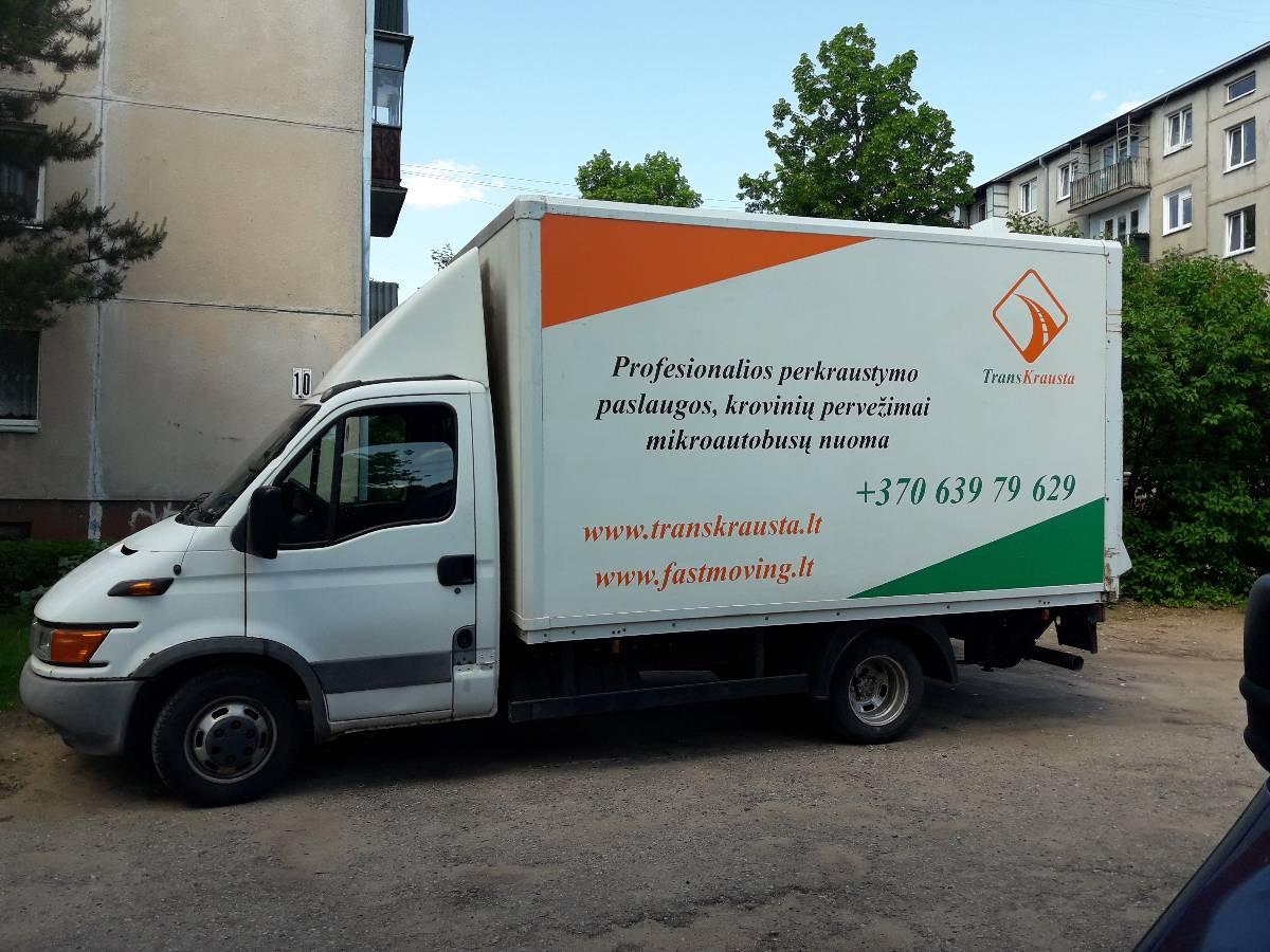 Perkraustymo paslaugos, kroviniu pervezimai