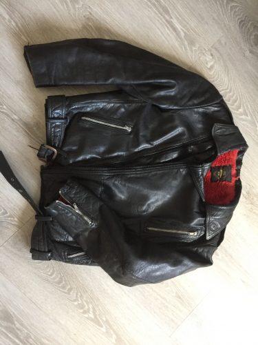 Parduodu motociklisto striuke