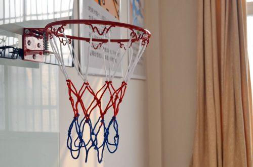 Krepšinio lenta su lanku Juba-011 (kabinama ant durų)