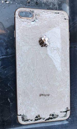 iPhone 8, 8 Plus Remontas Vilniuje, Fabijoniškėse